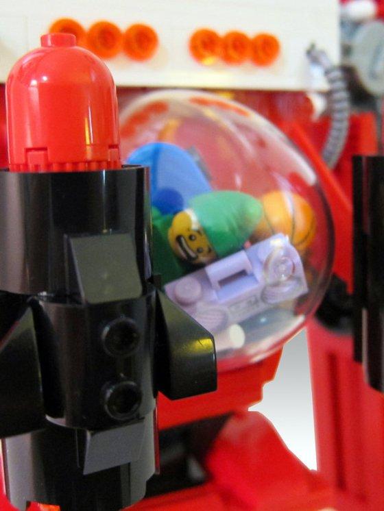 Père-Noel-2.0-LEGO-Santa-Mecha-8